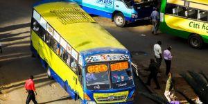 Yolcu otobüsü devrildi: 17 ölü