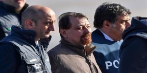 Kaçak militan 40 yıl sonra İtalya'ya getirildi