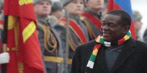 Zimbabve Devlet Başkanı Rusya'da