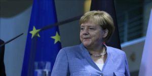 Merkel: İngiltere Başbakanı'nın önerilerini bekliyoruz