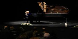 Boğaziçi Kültür ve Sanat Merkezi İdil Biret konseriyle açıldı