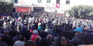 700 bin memur greve gitti