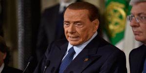 Berlusconi, AP vekilliğine aday oluyor
