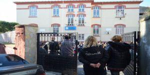 Karne heyecanında gazeteciler okula alınmadı