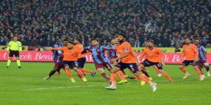 Spor Toto Süper Lig: Trabzonspor: 2 - Medipol Başakşehir: 4 (Maç sonucu)