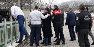 Büyükşehir binasına silahlı saldırı