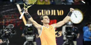 Nadal adını finale yazdırdı