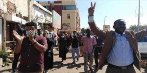 Sudan'da halka ülke genelinde gösteri çağrısı