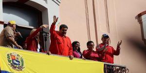 Yunanistan'da Maduro'ya destek mesajı
