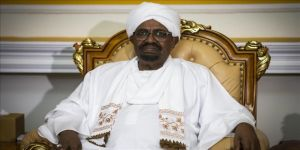 Sudan Devlet Başkanı Ömer el-Beşir: Yönetim sosyal medyayla değil seçimle değişir