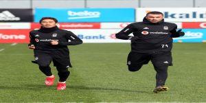 Kagawa, Beşiktaş ile ilk antrenmanına çıktı