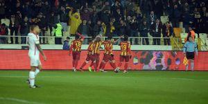 Evkur Yeni Malatyaspor tur için avantaj sağladı