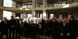 Erdoğan, Taksim Camisi inşaatını gezdi