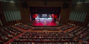 Bakan Kasapoğlu 'Usta'yı izledi
