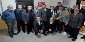 Başkan Ataç emlakçılar ile görüştü