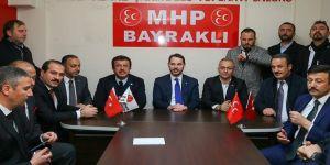 Bakan Albayrak'tan İzmir'de MHP teşkilatına ziyaret