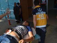 Gençlerin Kavgasında Kan Aktı: 1 Ağır Yaralı