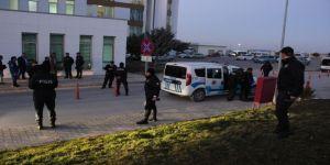 İki kişiyi vurup hastane bahçesinde intihar etti