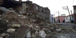 Depremin bilançosu gün ağarınca gözler önüne serildi