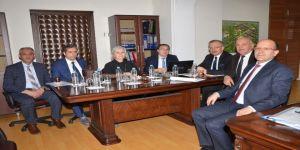 Rektör Akın Levent, akademik birimlerle paylaşım toplantıları yaptı
