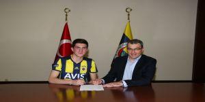 Fenerbahçe imzayı attırdı