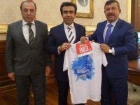 Karabacak maraton için koşturuyor