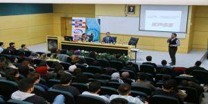 Kamuda Kariyer başlıklı konferans SAÜ'de düzenlendi