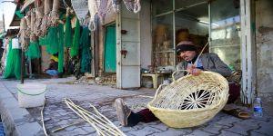 Bağdat'ın kadim mesleklerinden 'hasırcılık' zamana direniyor