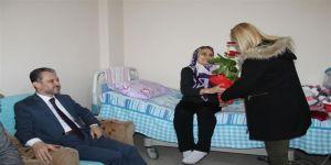 Sağlık Müdürü Yılmaz evde sağlık hizmeti alanları ziyaret etti
