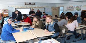 Hakkari'deki öğretmenlere atölye eğitimi