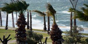 Meteoroloji'den Aliağa İçin Kuvvetli Fırtına Uyarısı
