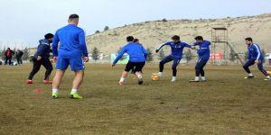 E.yeni Malatyaspor'da 10 Futbolcunun Sakatlanması Antrenman Sahasını Kapattırdı
