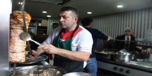 Sipariş Ettiği Gıda Kolisinden 300 Bin Tl Çıktı
