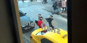 Taksim Meydanı'nda Taksicilerin Kavgası