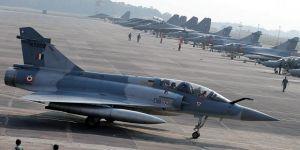 Cammu Keşmir'de gerilim tırmanıyor: Karşılıklı savaş uçakları düşürüldü