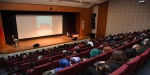 """Adıyaman Üniversitesinde """"Hocalı Katliamı"""" Konferansı"""