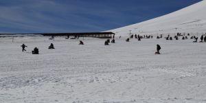Erciyes Kış sporları ve turizm merkezine yeni yatırımlar gerçekleştirerek cazibelik artırılacak