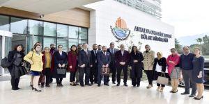 Antalya Osb, Mezun Öğrencilere Köprü Olacak