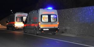MKE Ankaragücü taraftarlarını taşıyan midibüs kaza yaptı: 2 ölü, 23 yaralı