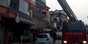 Kocaeli'de korkutan yangın