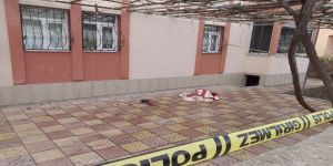 Pencereden Düşen Yaşlı Kadın Hayatını Kaybetti