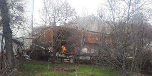 Giresun'un Şebinkarahisar İlçesinde Akaryakıt İstasyonundaki Yangın Kontrol Altına Alındı