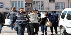 Çorapçı Kılıklı Hırsızlık Şüphelileri Tutuklandı