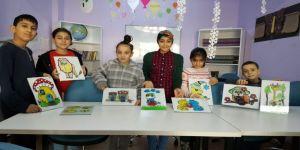 Kartepe'de Çocuklar Tasarım Atölyelerinde Hayal Dünyalarını Keşfediyorlar