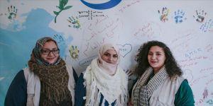 Türkiye'ye sığınan kadınlar birbirlerine umut oluyor