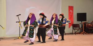 Nusaybin'de Öğretmenler 8 Mart Dünya Kadınlar Günü Nedeniyle Konser Verdi