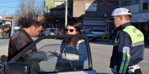 Adana'da Gerçekleştirilen Uygulamada Aranan 61 Şahıs Yakalandı