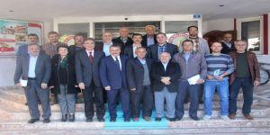 Başkan Tutal'dan Meclis Üyelerine Teşekkür Plaketi