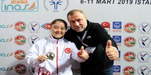 Şampiyon Münevvere Yılmaz, Madalyalarını Cumhurbaşkanı'na Götürmek İstiyor
