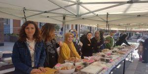 Devrek Ahmet Taner Ortaokulu Tarafından Kermes Programı Düzenlendi